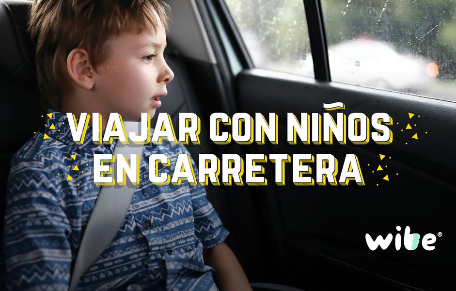 recomendaciones al viajar con niños en carretera, consejos para viajes largos en coche con niños, cómo entretener a los niños en un viaje en carretera, tips al salir de vacaciones en auto